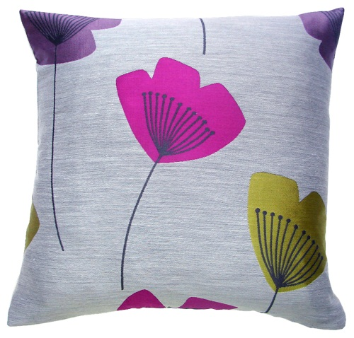 Beach huts cushions the treasure hunter well designed for Cheap quirky homeware