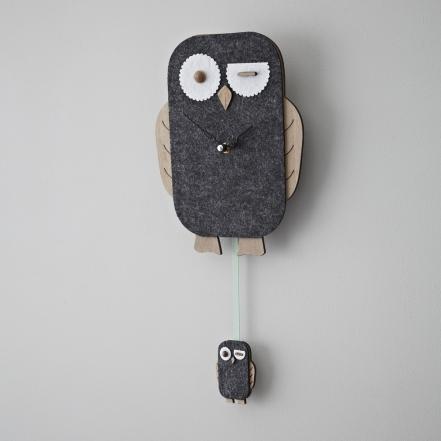 Rigby & Mac Xmas felt owl wall clock £16.95