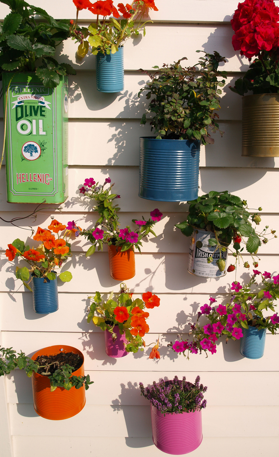 Gardens Repaint And Recycle Tin