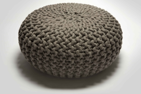 POUF handknitted Urchin pouf £470 www.hollys-house.com
