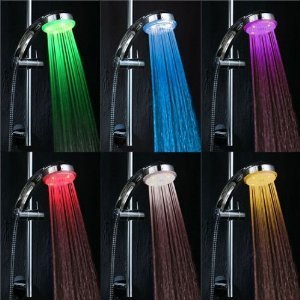 TechBitz Rainbow Colour Flashing LED Shower Head £10.08 Amazon.co.uk