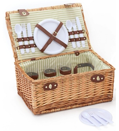 4 person picnic hamper £29.99 George at Asda