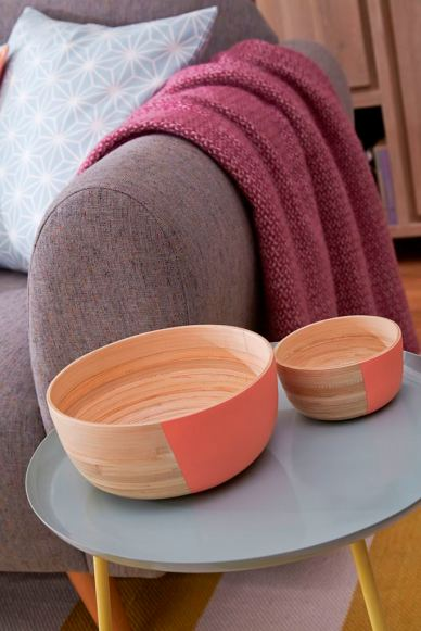 Pastels shoot - bowls close up