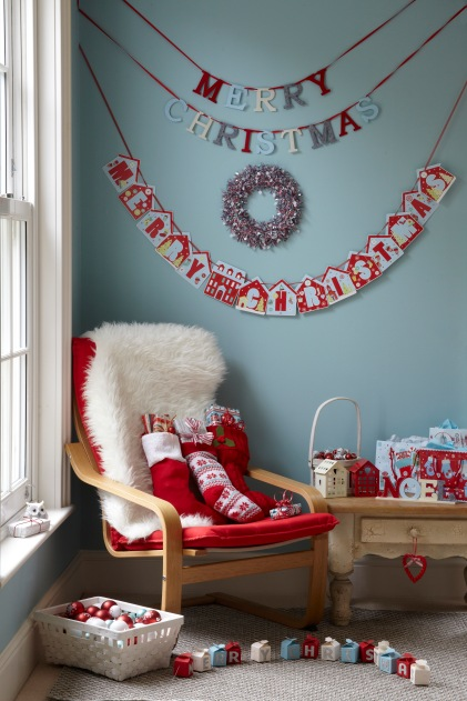POUNDLAND LIFESTYLE Red and white decs