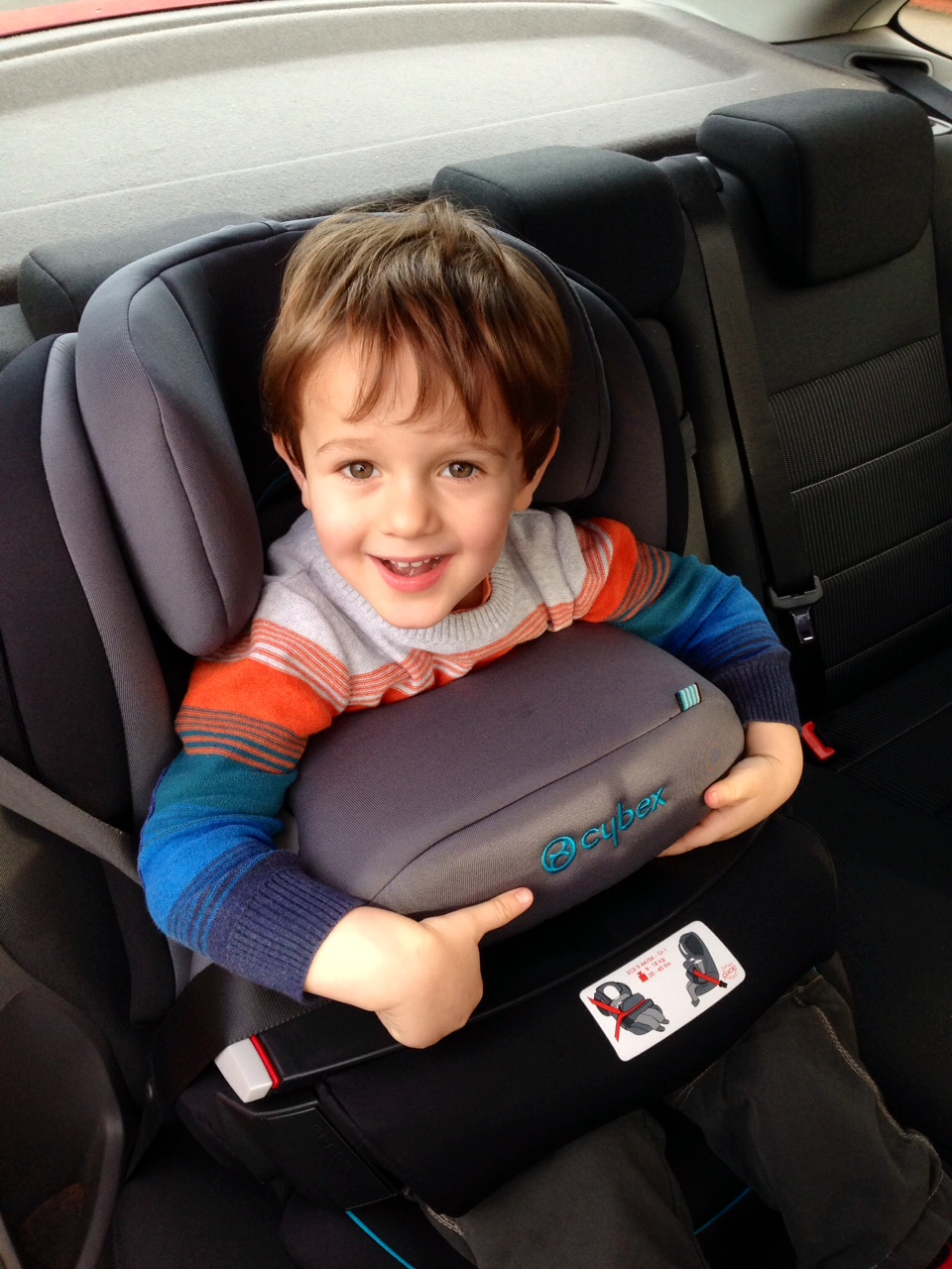 big boy car seat pic pin quality diapers submited images pic 2 fly on audi kid driving in. Black Bedroom Furniture Sets. Home Design Ideas
