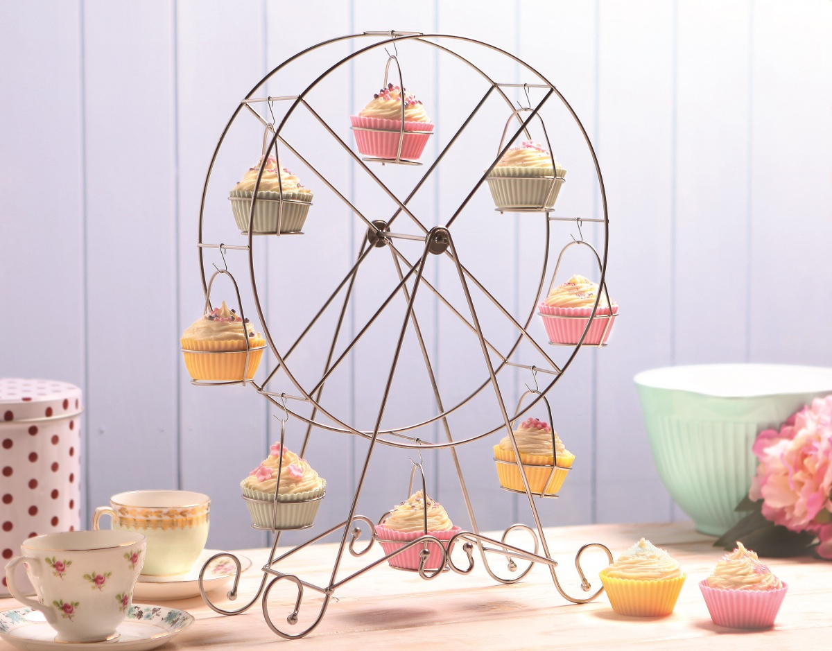 The Friday Find: All the fun of the fair-y cake  The Treasure Hunter ...