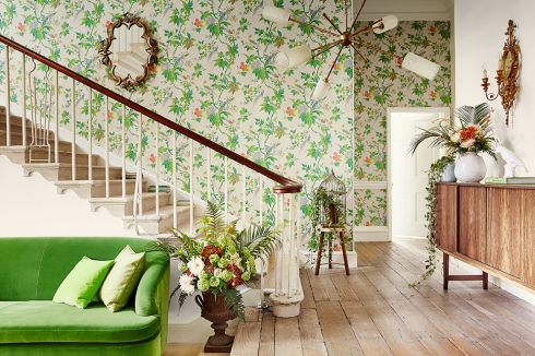 Get the Look leafy hallway (Angela Fawcett clients -Little Greene Paradise wallpaper)